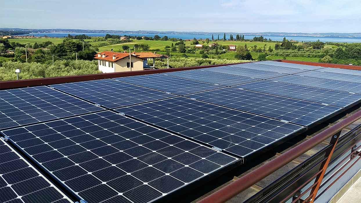 Slid-Impianti-fotovoltaici-LUMA