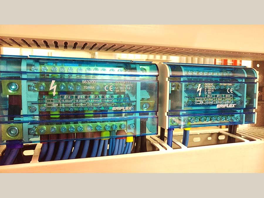 Cablaggio quadri elettrici 24