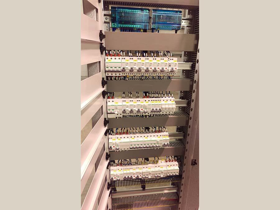 Cablaggio quadri elettrici 26