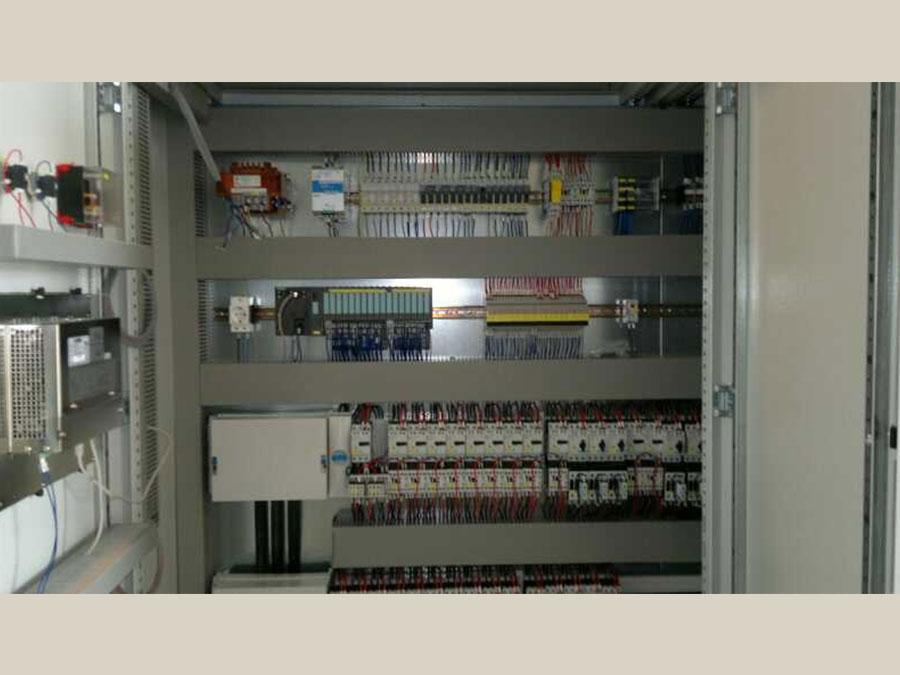 Cablaggio quadri elettrici 31